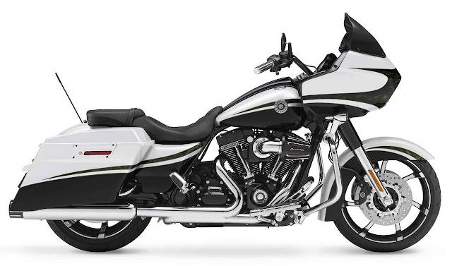 2012-Harley-Davidson-FLTRXSE-CVO_Road_Glide_Custom_White_Gold_Pearl