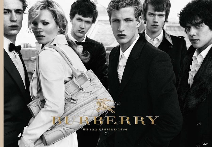 Há cerca de 10 anos, decidiram revolucionar a cara da Burberry para ...