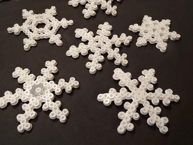 Eiskristalle aus Bügelperlen