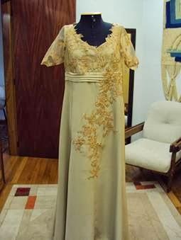 Melhores modelos de vestidos para senhoras para bodas de ouro