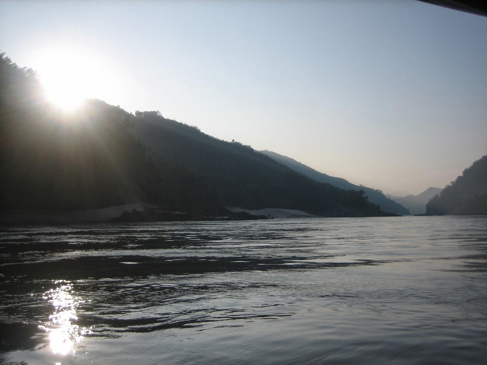 laos-mekong-river-slow-boat