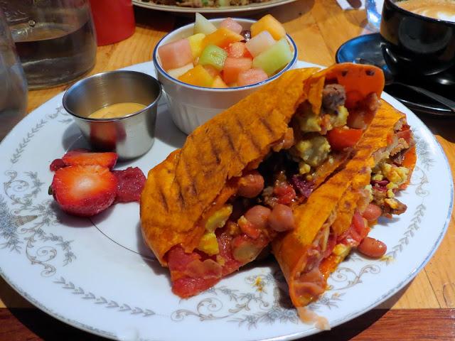 Mariani - Montreal - Breakfast Burrito