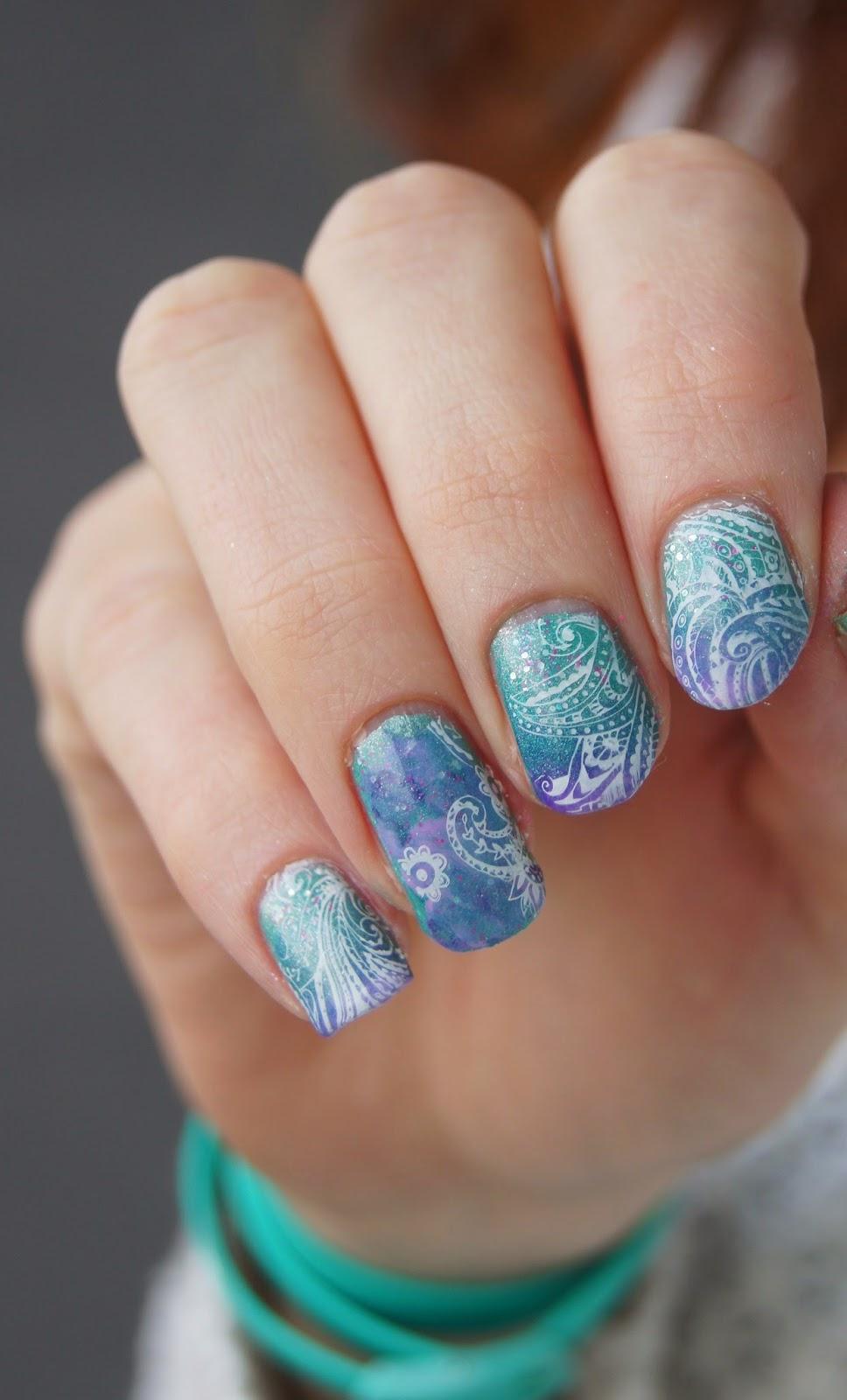 nail art licorne