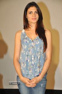 Simran-Kaur-Stills-at-Potugadu-Movie-Press-Meet