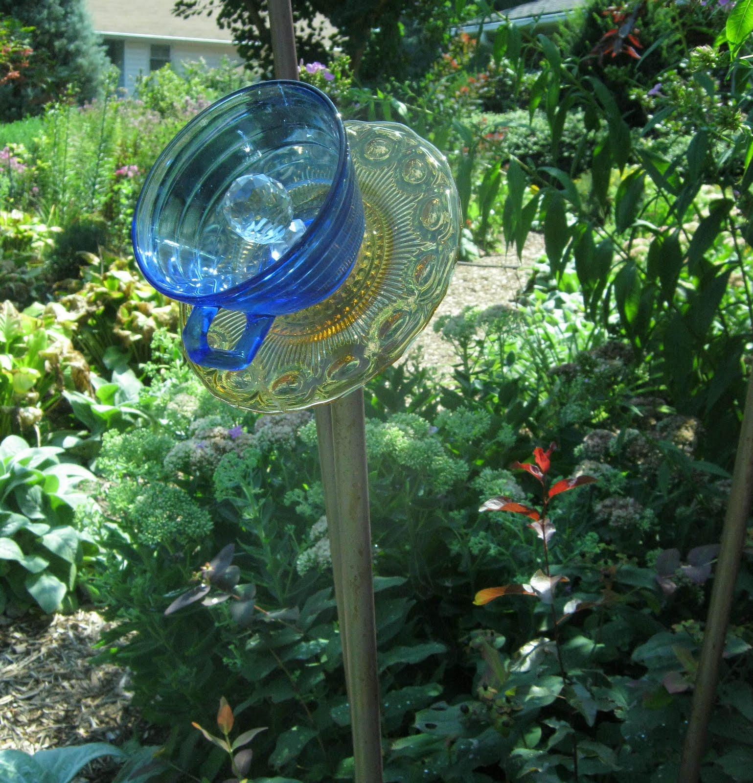 Sorta Fabulous Decorative Elements In The Garden