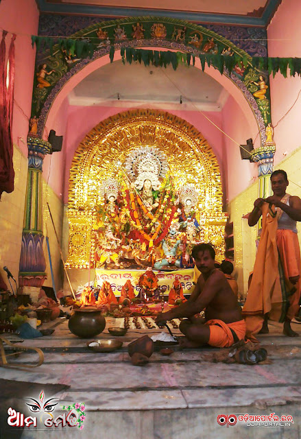 Ama Medha: Mohammadia Bazar, Cuttack Durga Medha 2015 - Photo By Ashutosh Tripathy