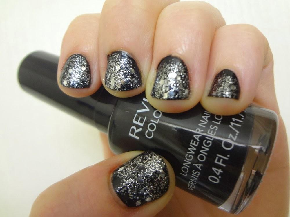 aka Bailey: Starry Night New Year\'s Eve Nails