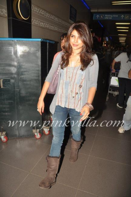 -  Priyanka Chopra Airport pic- leaving for brothers graduation