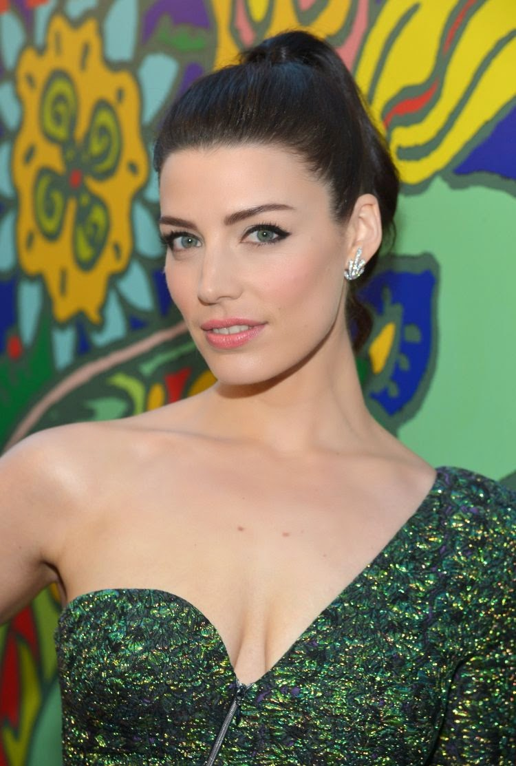 Jessica Pare at Mad Men Season 7 Premiere