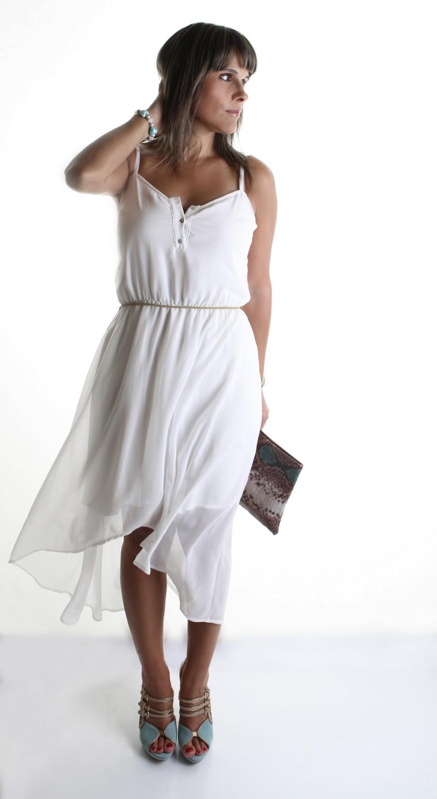 perfect outfit vestido blanco playa en