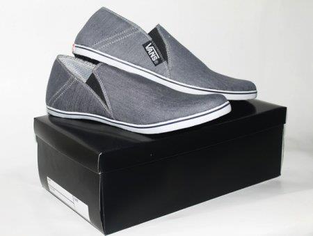 Sepatu Vans Slip On 02