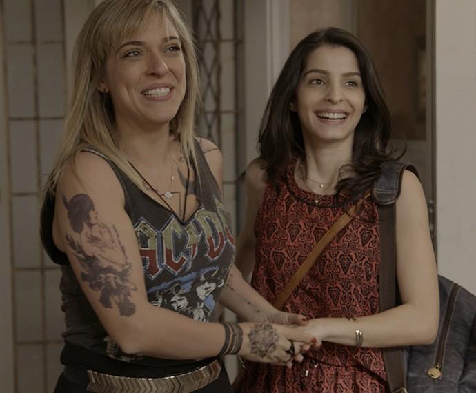 Júlia Rabello e Giselle Batista vivem o casal Úsula e Duda em A Regra do Jogo.