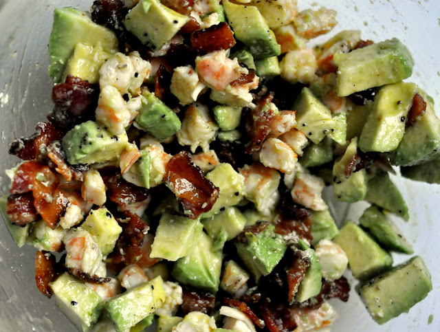 Filling-for-Roasted-Shrimp-Cocktail-Bites-with-Avocado-and-Bacon-tasteasyougo.com
