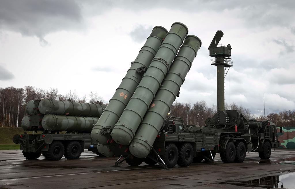 http://3.bp.blogspot.com/-LSCdmp5jrSE/UJhqhJgR1DI/AAAAAAAATUQ/lgmHjYkc4Jg/s1600/S-400+Triumph+Air+Defence+Missile+System%252C+Russian+SA-21+Growler+S-400++S-300PMU+48N6DM+%252848N6E3%2529+48N6M++250km.40N6++400km++active+radar+homing+intercept+aAWACS%252C+J-STARS%252C+EA-6B9M96E+9M96E2e+9M96+120km+EXPORT+CHINA+%25283%2529.jpg
