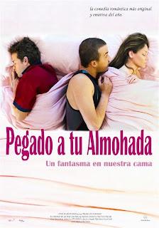 Ver online:Pegado a tu almohada (2012)