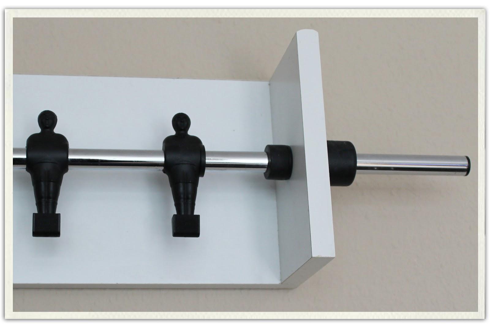 pottzblitz die garderobe f r den trikottausch. Black Bedroom Furniture Sets. Home Design Ideas