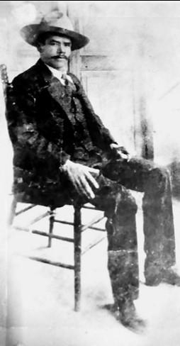 La dualidad de Everardo González, revolucionario y bandido social