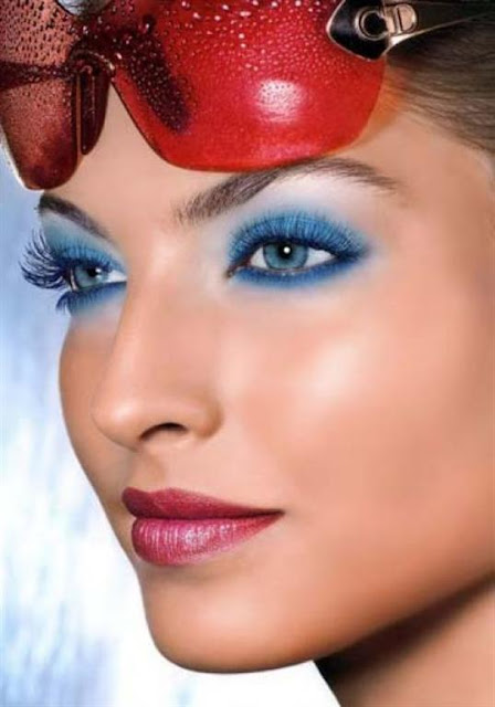 Blue Eye Shadow party Make up