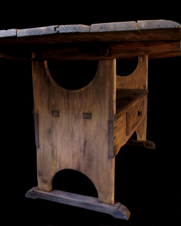 Merveilleux Shoefoot Bench Table