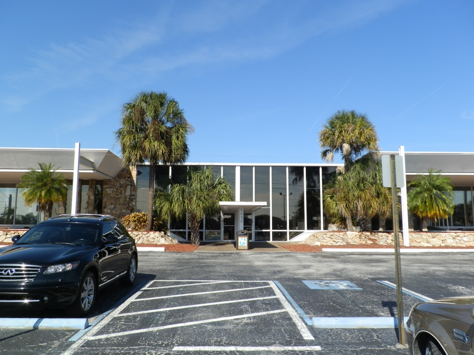Places To Go Buildings To See Kanes Furniture Tampa Florida