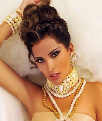 Miss Bolivia 2012 2013 Chuquisaca Naira Clavijo