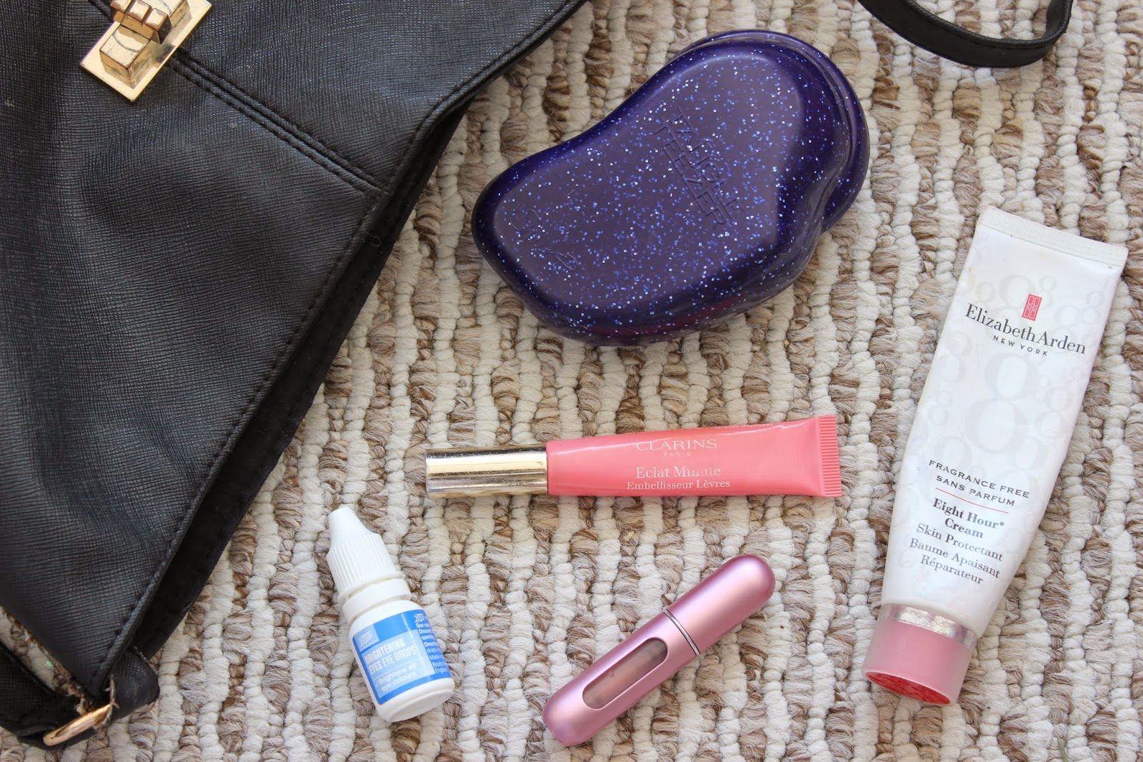 5 Things You'll Always Find In My Handbag