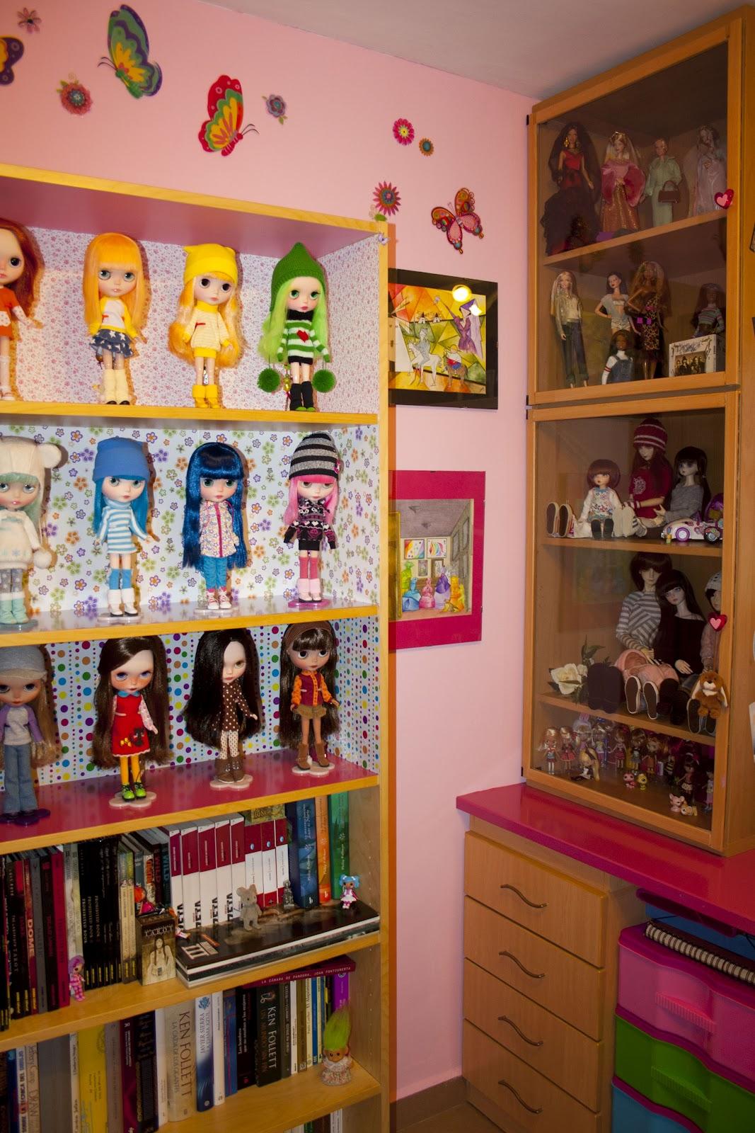 Itxu dolls mayo 2012 - Estanteria encima wc ...
