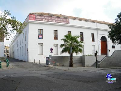 Sevilla - Calle Alfonso XII - Lugar donde se encuentra la Piedra Llorosa