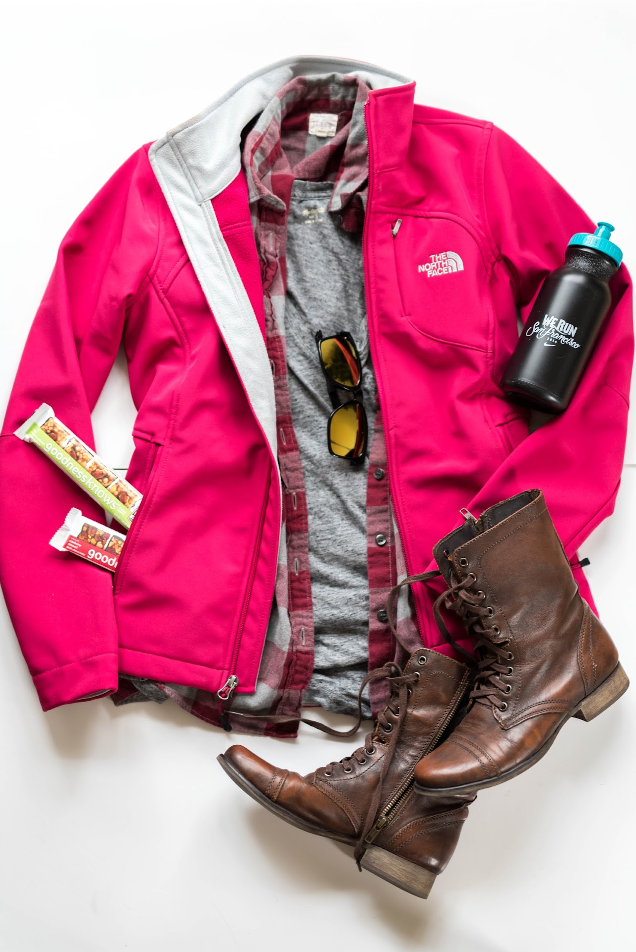 goodnessknows® snack squares, trekking outfit ideas, hiking outfit spring, hiking fashion, hiking outfit ideas, hiking ootd, what to wear when you go hiking, pink north face jacket, pink soft shell, madewell t-shirt, perfect t-shirt, combat boots, lds modest mormon fashion blogger