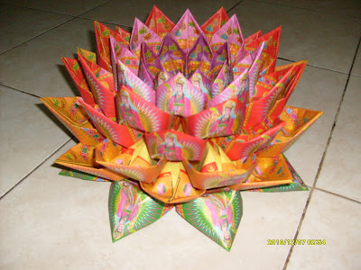 Origami: Seni membuat kerajinan dari kertas