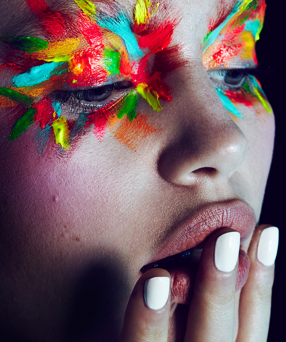 Kiss And Makeup On Site: Kaleidoscope Prismatic Graphic Bold Rainbow Trippy Makeup