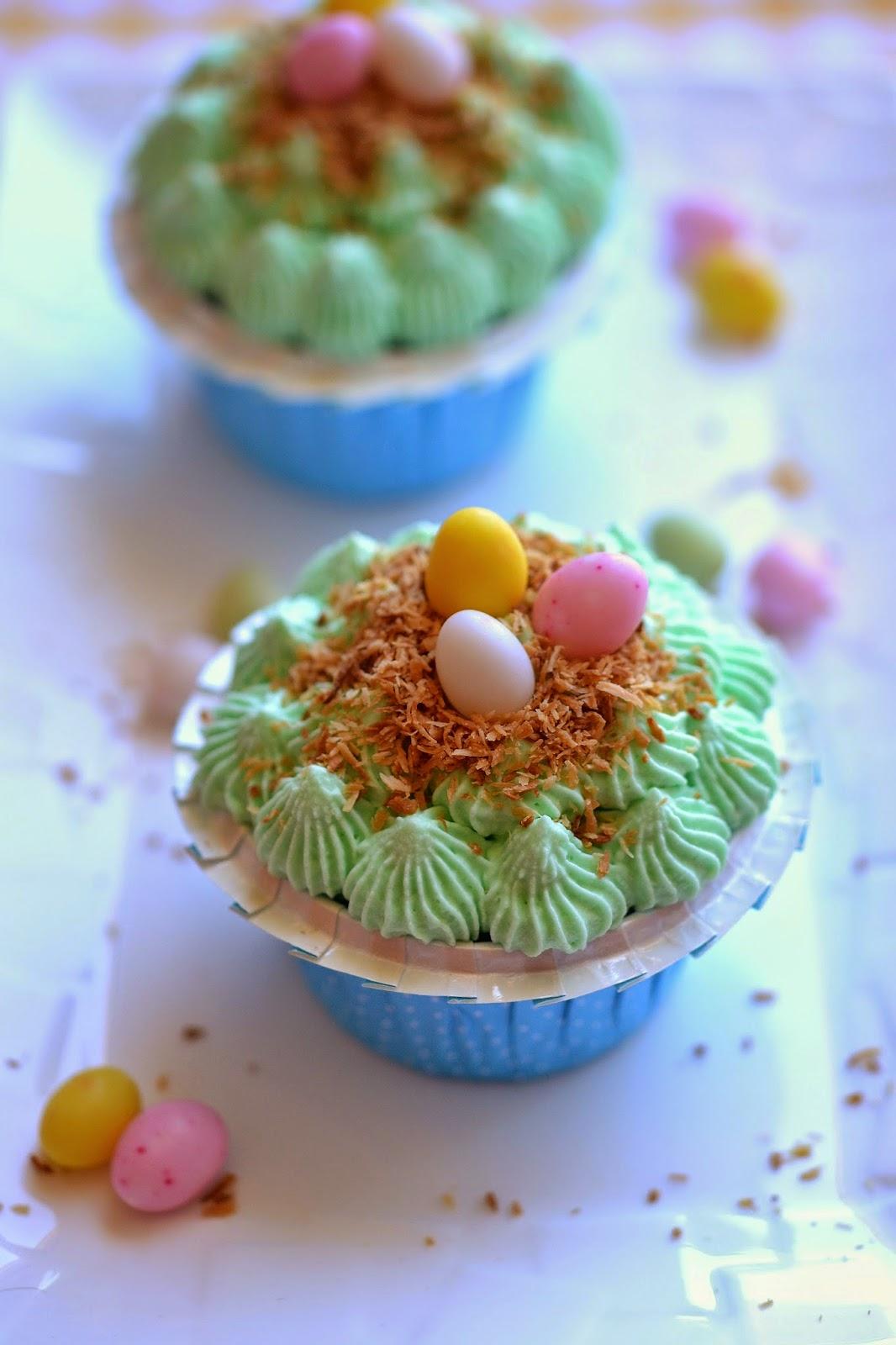 Fromage ou Dessert ? Dessert !!! cupcakes nid de Pâques