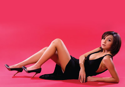 foto artis seksi wiwid gunawan sexy hot