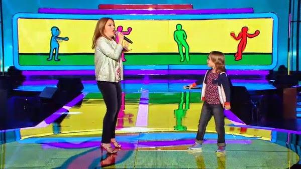 Mario y María José cantan Bailando-Levántate Gala 3