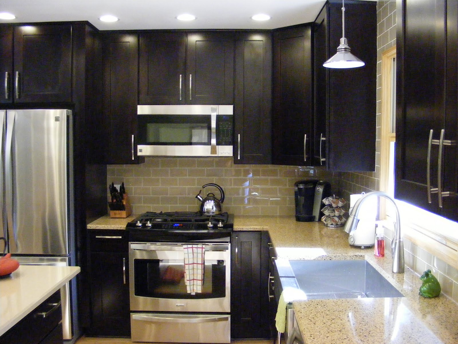 Kitchen remodel archives mhi interiors mhi interiors for Silver and black kitchen ideas