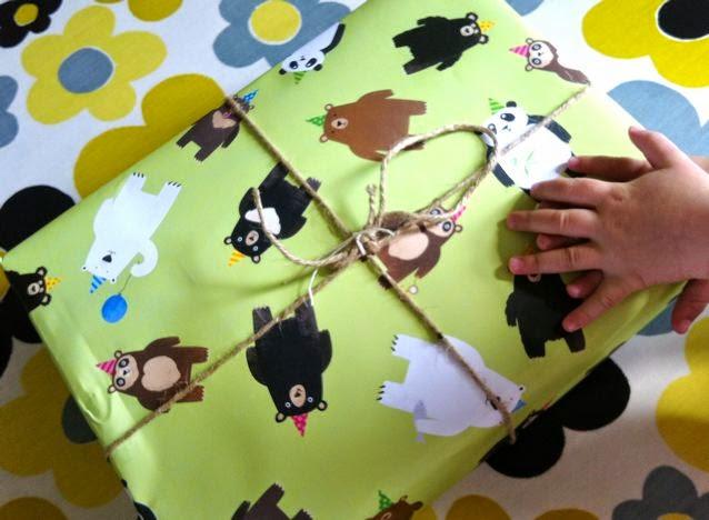bear birthday wrapping
