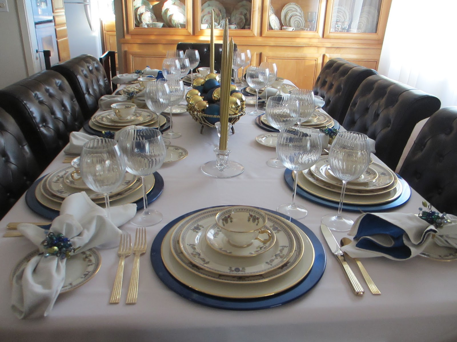 The welcomed guest lenox the colonial tablescape for Table 6 lenox