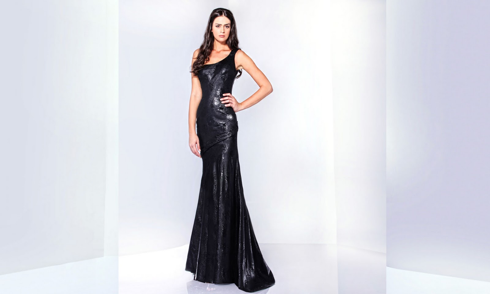 Dream wedding place mermaid black bridal dress for Black mermaid wedding dresses