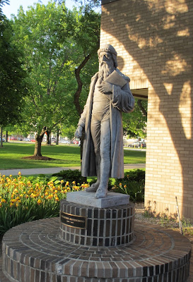 Gutenberg statue Wayne State University