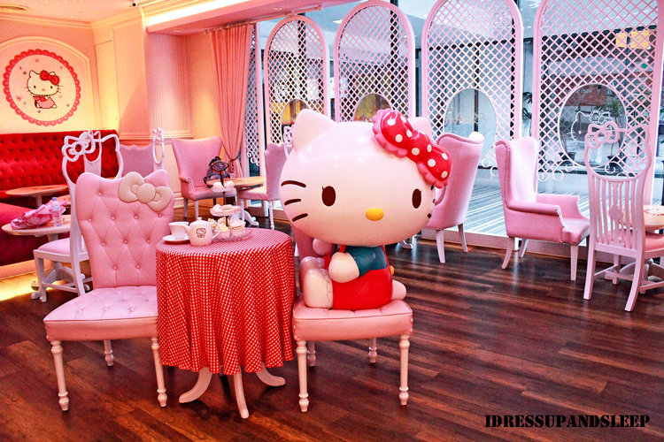 Hello Kitty House cafe chronicles: hello kitty house in bangkok