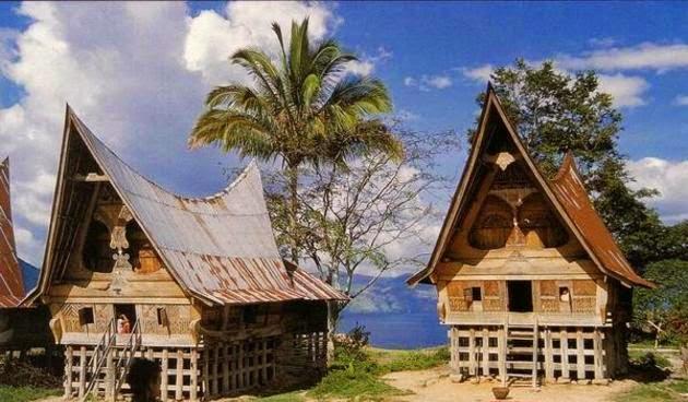 Rumah Adat Provinsi Sumatera Utara