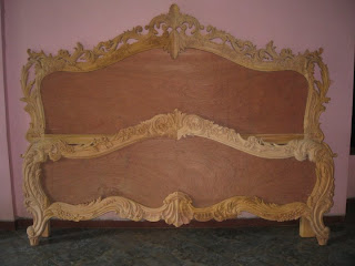 Jepara furniture supplier classic wooden bed antique bed hand made carved bed
