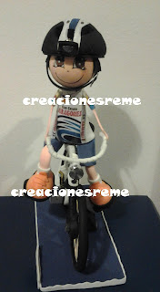 fofucha-creacionesreme-personalizadas-foami –ciclista-bici
