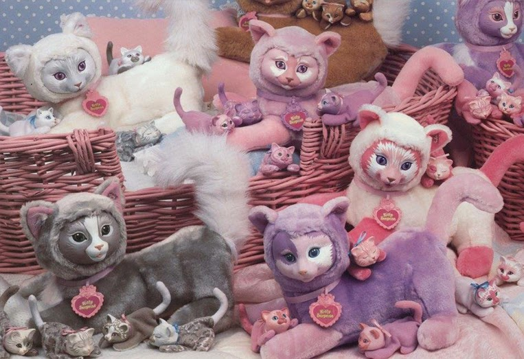 Retro Kitty surprise dolls from 1991. (Photo credit: Hasbro, provided by Pranceatron and Ghost of the Doll)