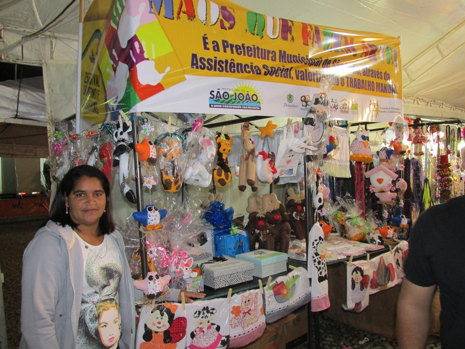 Armario Sala De Tv ~ BLOG DO CARLOS EUG u00caNIO Artesanato de S u00e3o Jo u00e3o presente no Festival de Inverno de Garanhuns