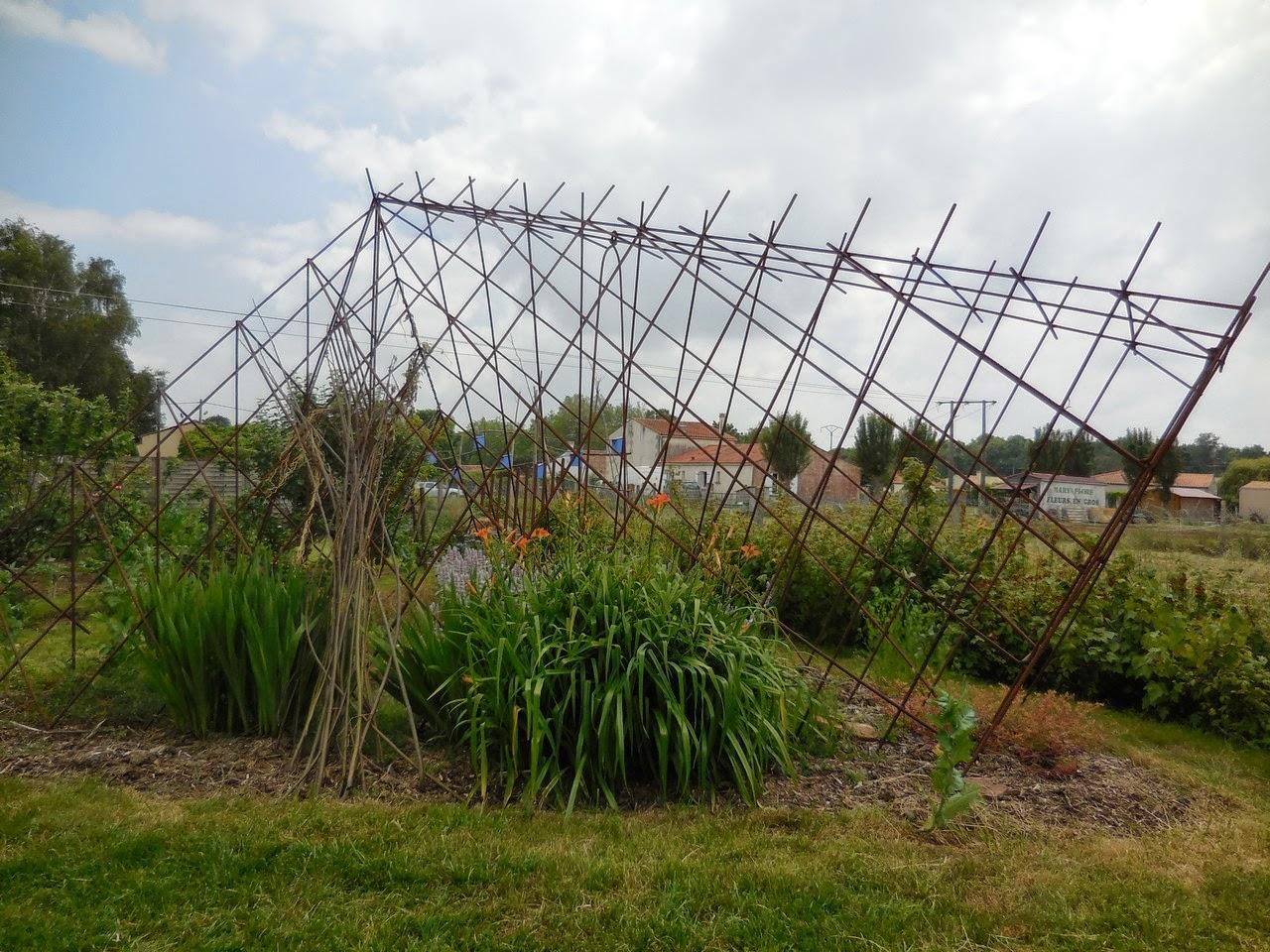 Deco Jardin Fer A Beton - Cagouille's Garden - Visite de jardin - Le Jardin de La Couture !
