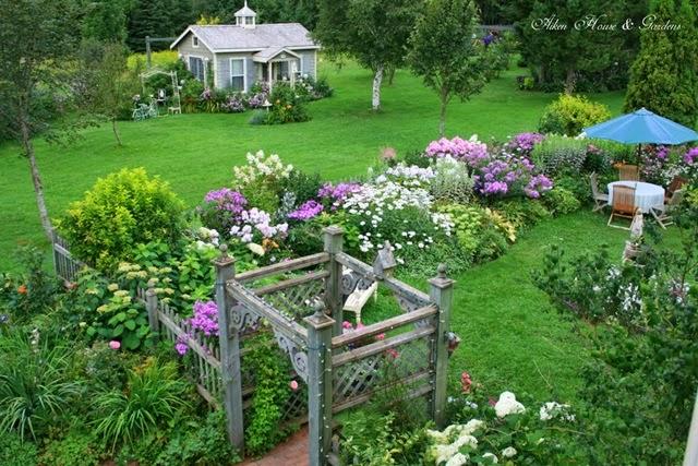 Amazing aiken house garden usta g remez for Aiken house