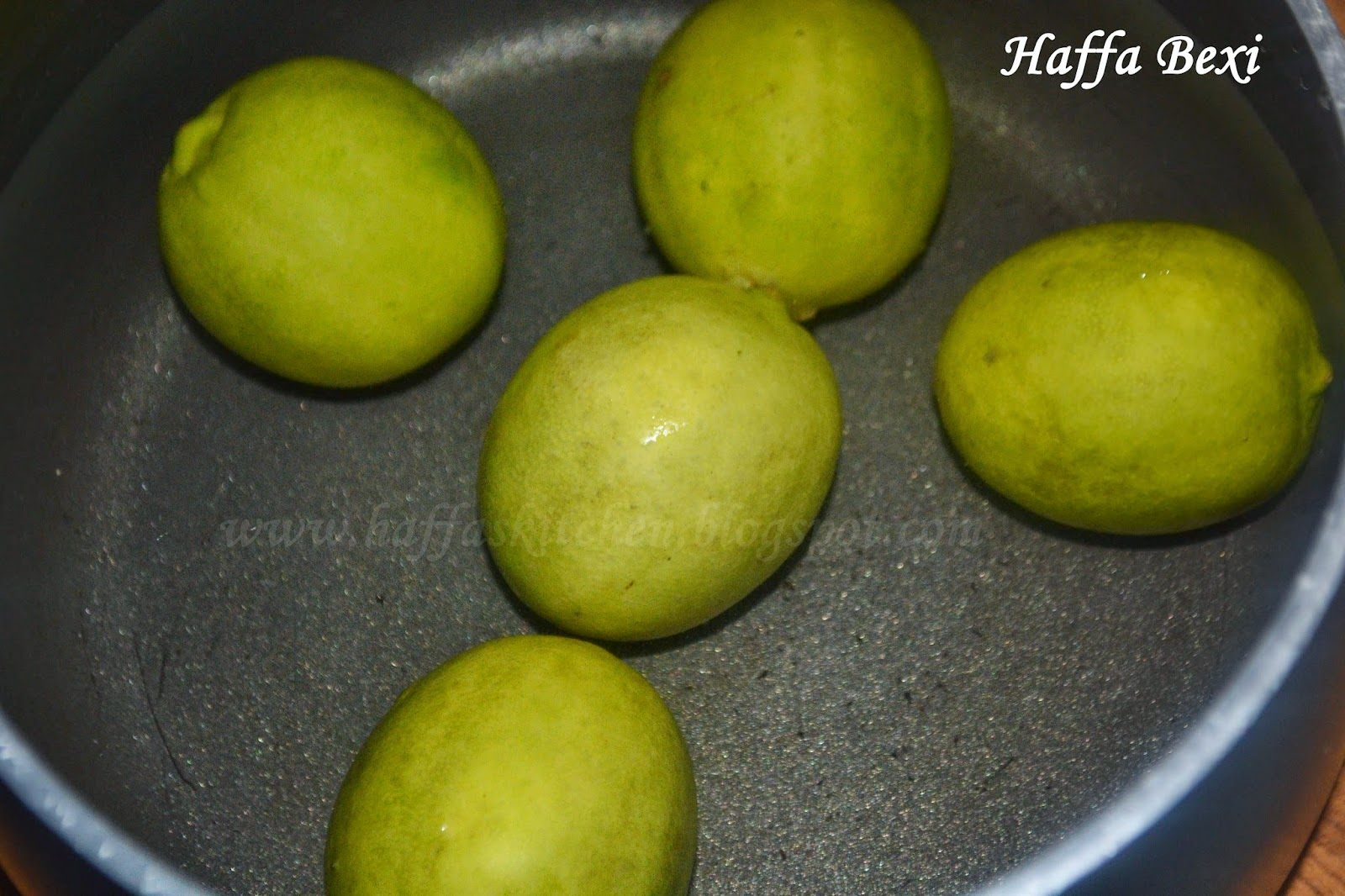 lemon juice| haffas kitchen tips| Kitchen tips| how to get extra juice from lemons