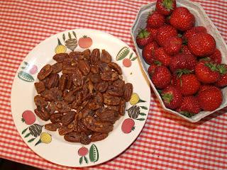 Spicy pekannødder og jordbær