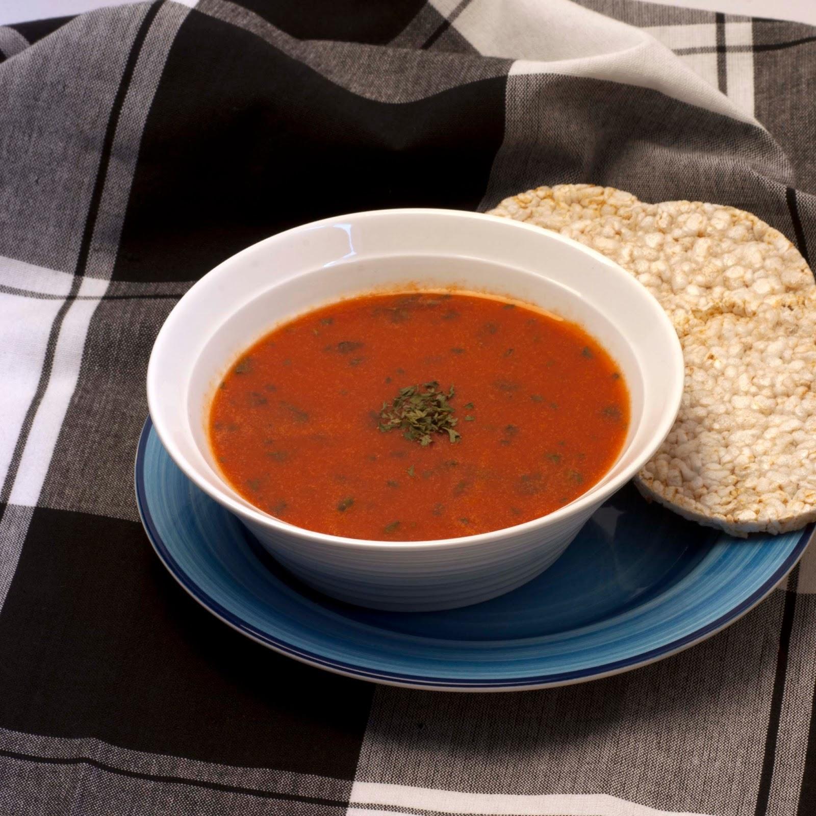 'Creamy' Tomato and Almond Soup